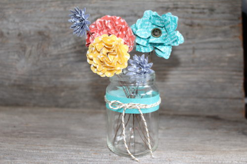 Flower Patch Card and Paper Flower Bouquet using the Stampin' Up! Scallop Circle and Flower Punches