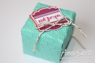 Label Love Gift Box